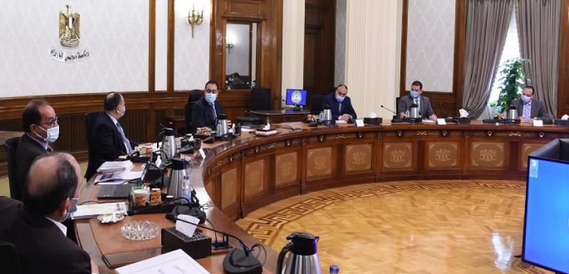 مدبولى: توجيهات رئاسية بزيادة الاستثمارات الحكومية لتنفيذ المبادرات والمشروعات القومية