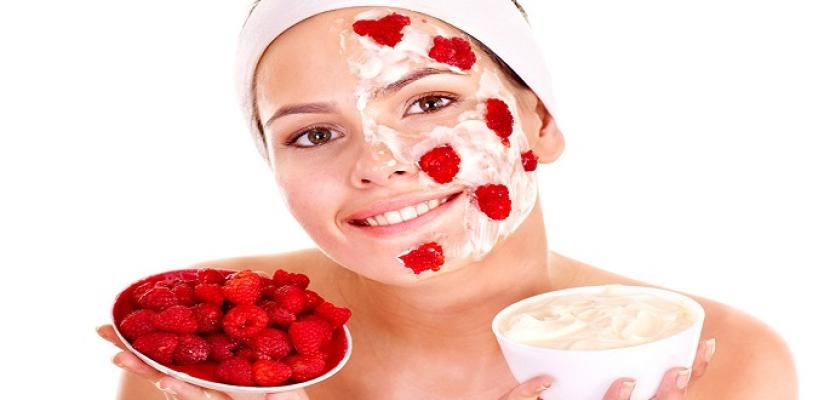 ماسك التوت الأحمر لترطيب البشرة والحفاظ عليها