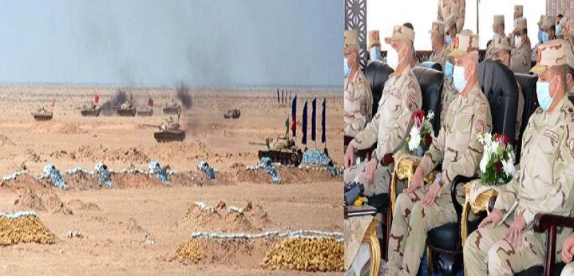 """بالصور .. رئيس الأركان يشهد المرحلة الرئيسية للمشروع التكتيكى """" جاسر – 5 """" الذى تنفذه إحدى وحدات المنطقة الغربية العسكرية"""