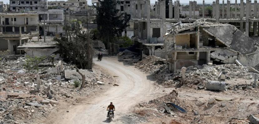 المرصد السوري: قتلى وجرحى جراء انفجار مستودع ذخيرة قرب مخيم للنازحين في إدلب