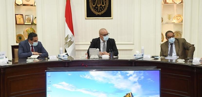 """بالصور .. الجزار يتابع الموقف التنفيذي لمشروعات المبادرة الرئاسية """"حياة كريمة"""" لتطوير الريف المصري"""