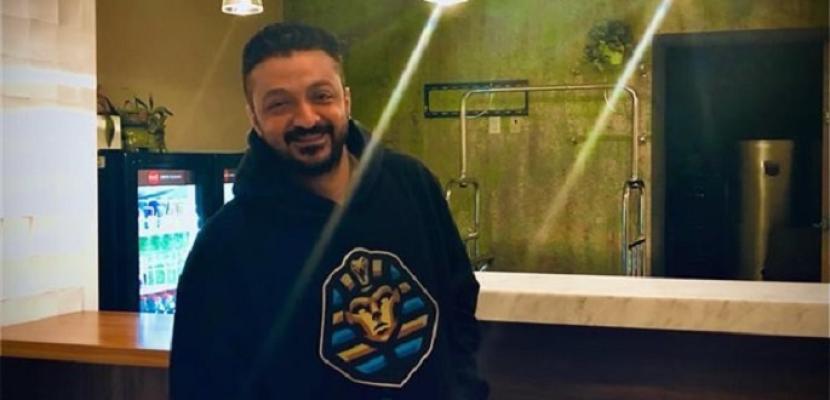"""ياسر نبيل يحصل على جائزتين في الإخراج عن فيلم """"Down the Rabbit Hole"""""""