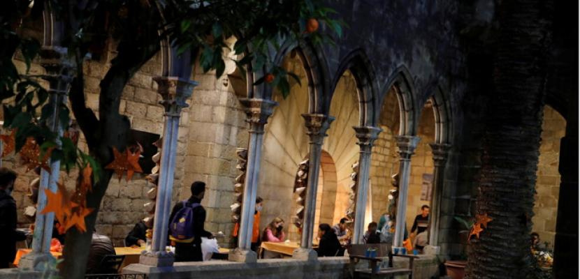 كنيسة فى برشلونة تفتح أبوابها للمسلمين للإفطار والصلاة في رمضان