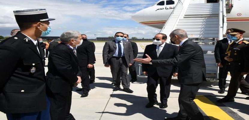 بالفيديو والصور.. الرئيس السيسي يصل إلى باريس للمشاركة في مؤتمر دعم السودان وقمة تمويل الاقتصاديات الأفريقية