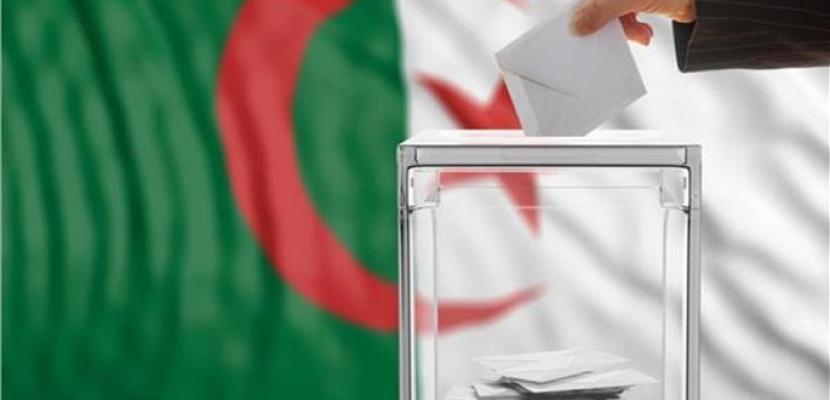 غلق صناديق الاقتراع في الانتخابات التشريعية الجزائرية بعد تمديد التصويت ساعة.. وبدء الفرز مباشرة