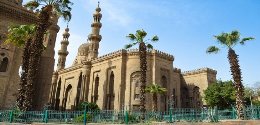 """الآثار: ترميم """"غطاء زجاجي"""" بمسجد الرفاعي بعد سقوطه"""