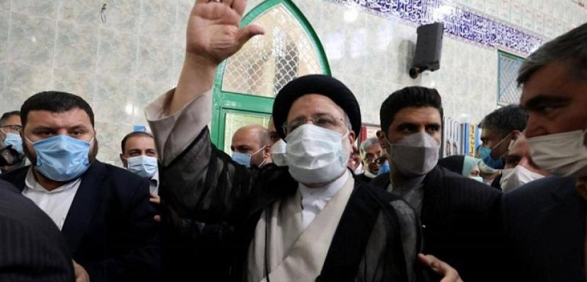 رئيس إيران الجديد ابراهيم رئيسي .. محافظ يرفع شعار مكافحة الفساد