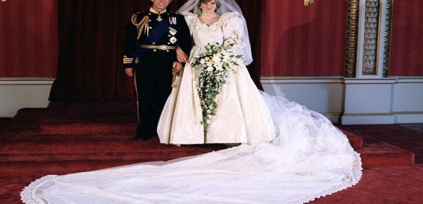 عرض فستان زفاف الأميرة ديانا في لندن
