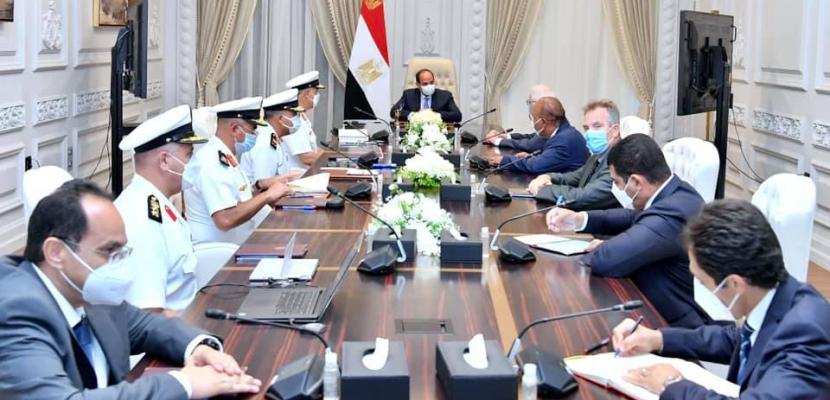 """الرئيس السيسي يبحث الاستفادة من الخبرات العريقة لشركات """"دونيل"""" البلجيكية في الأعمال البحرية"""