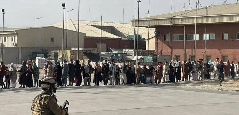مسؤول أمريكي: استئناف عمليات الإجلاء من كابول قريبا