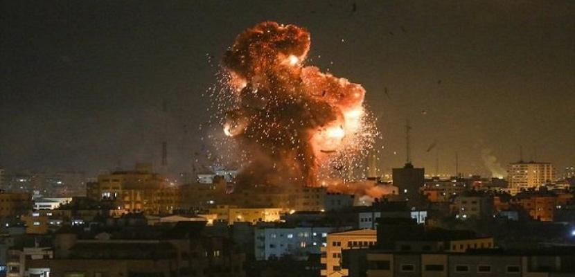 طائرات وزوارق إسرائيلية تقصف مواقع للفصائل الفلسطينية في غزة