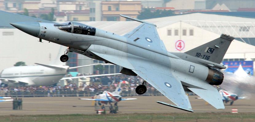 ديلي بايونير : باكستان تزود طالبان بطيارين ومقاتلات حربية في بنجشير