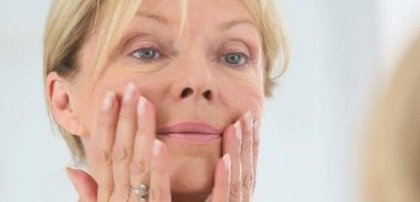 وصفات طبيعية للتخلص من التجاعيد حول الفم