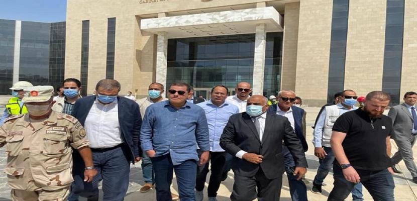 بالصور.. رئيس حكومة الوحدة الوطنية الليبية يتفقد مشروعات العاصمة الإدارية ويشيد بحجم العمل والجهد المبذول