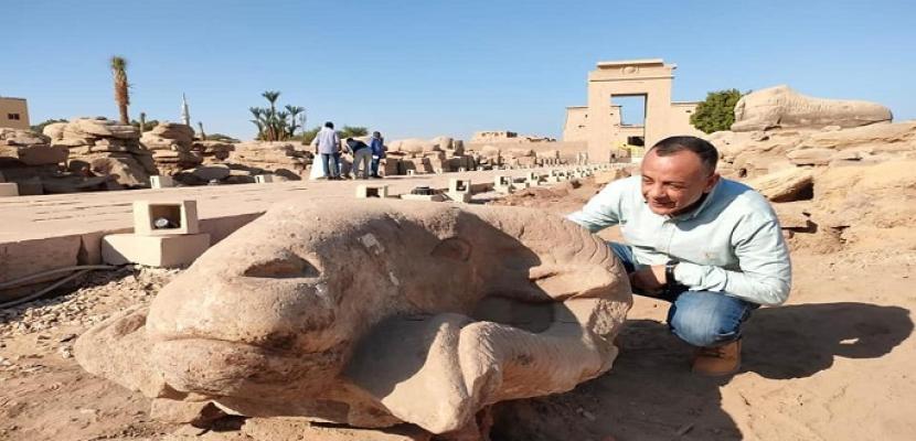 بالصور.. الآثار: بدء أعمال ترميم رؤوس الكباش المكتشفة بطريق المواكب الملكية