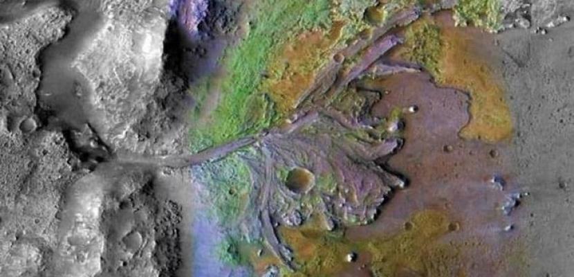 وكالة ناسا تنشر صور نهر قديم على سطح المريخ