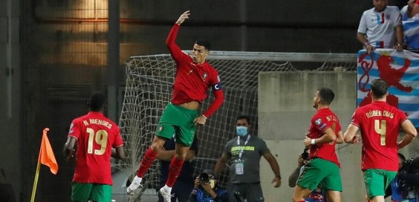 رونالدو يسجل هاتريك ويقود البرتغال لاكتساح لوكسمبورج بخماسية