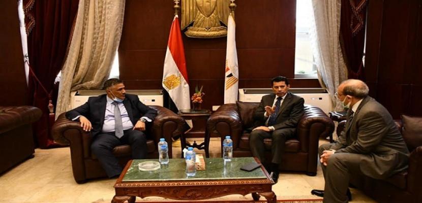وزير الشباب يبحث مع وزير السكن والعمران الجزائري سبل التعاون المشترك