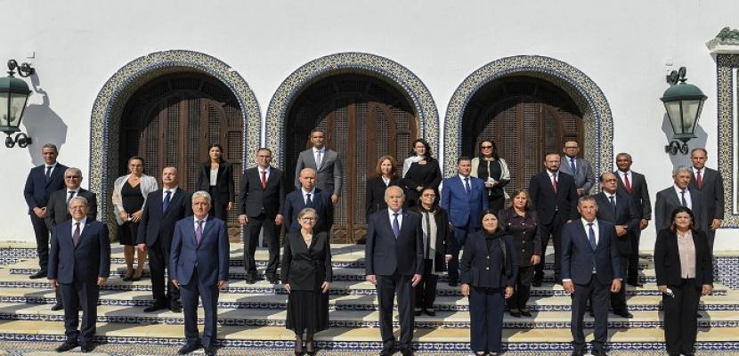 الحكومة التونسية تعقد أول اجتماع لها بإشراف من قيس سعيد