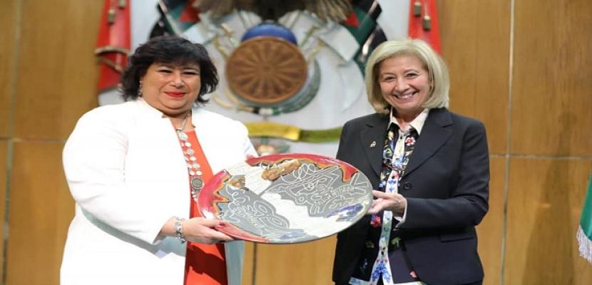 بالصور.. وزيرا ثقافة مصر والأردن يوقعان على اتفاقية تعاون ثقافي حتى 2023