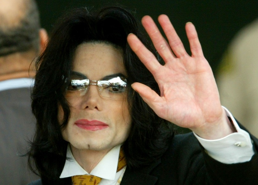 Lower world2015 see how michael jackson became the girl who always